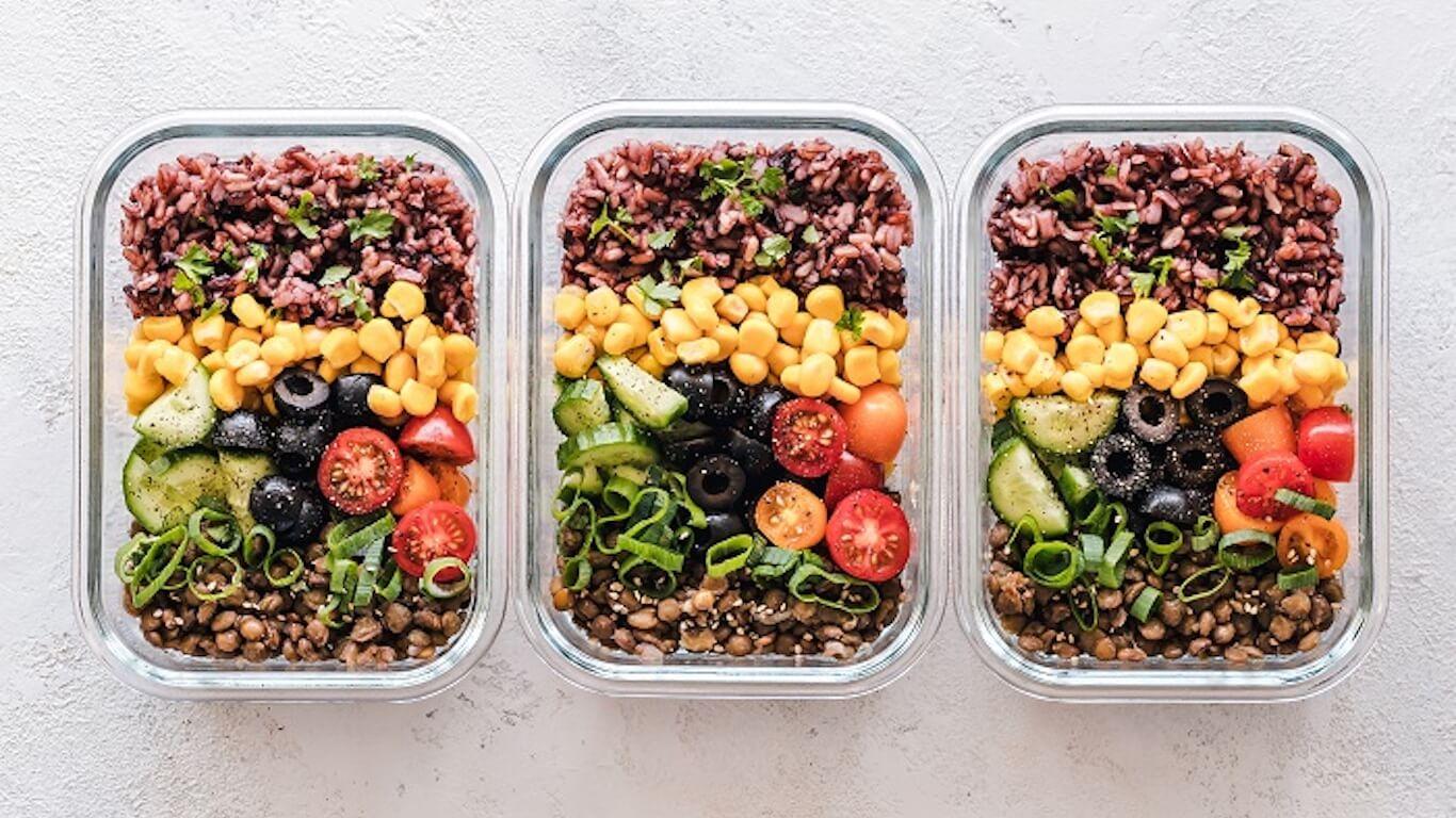 3 meal prep plates