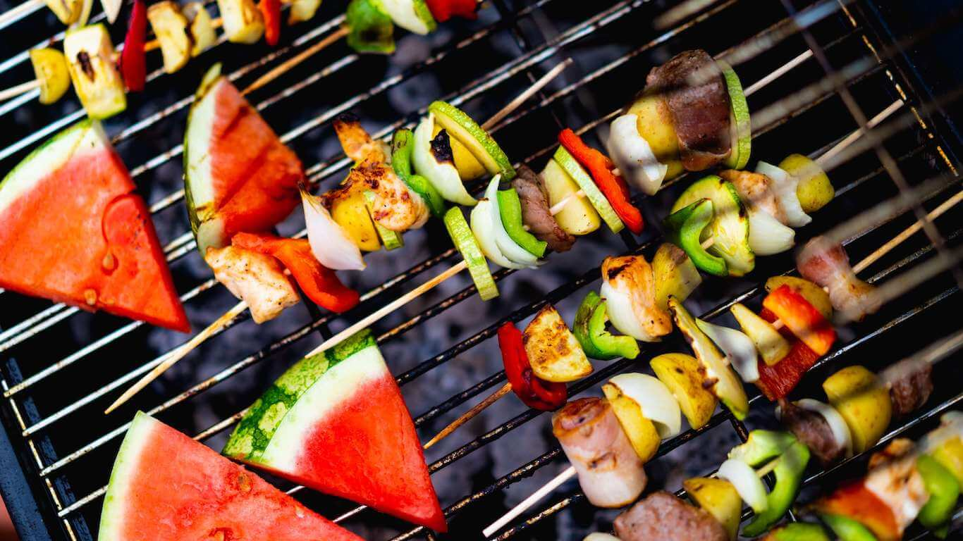 healthy summer meals - grilling fresh fruits and kabobs